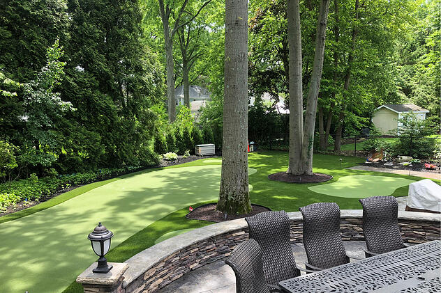 beautiful synthetic turf putting green with Envirofill infill