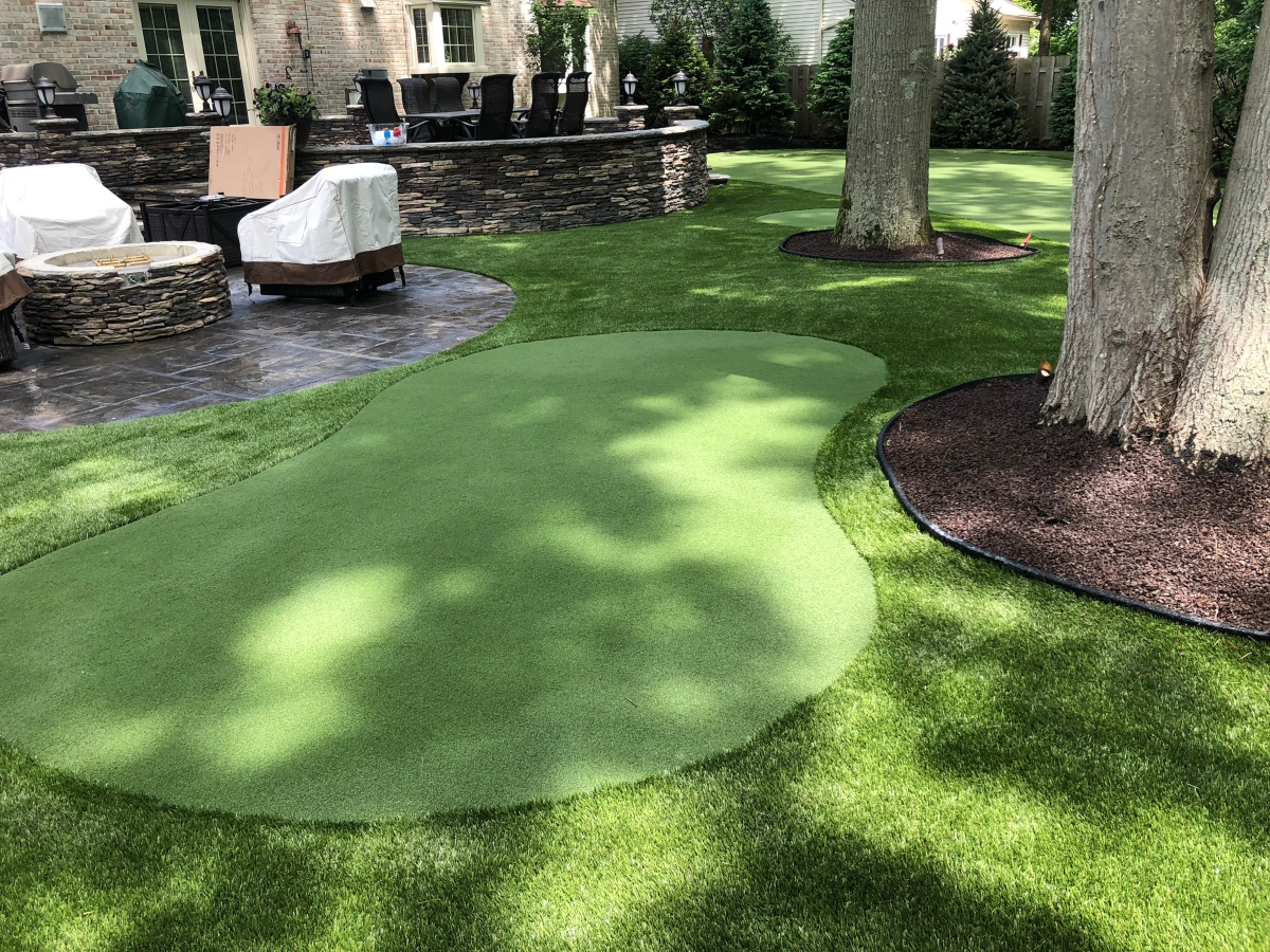 best synthetic turf putting green for homes