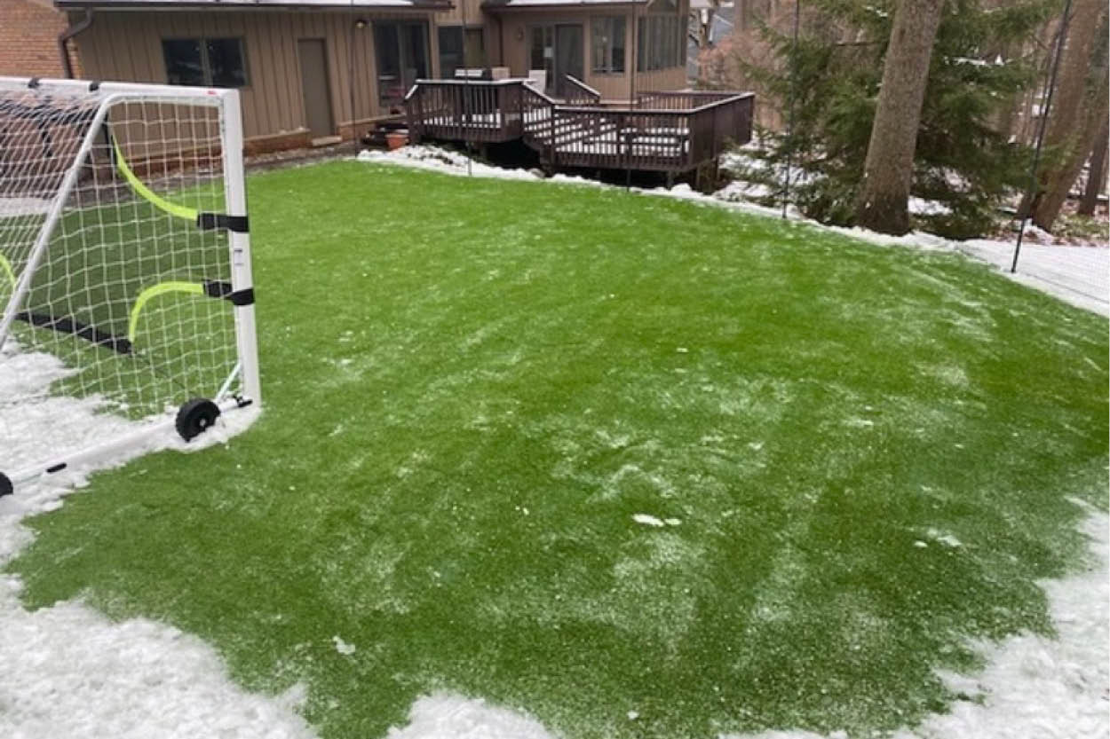Can I Install Artificial Turf in the Winter?