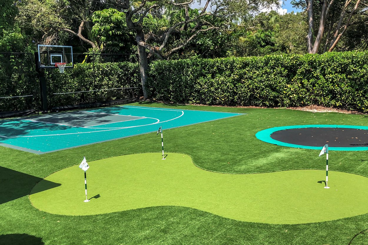 Transform your Backyard into a Summer Vacation Spot with Artificial Turf